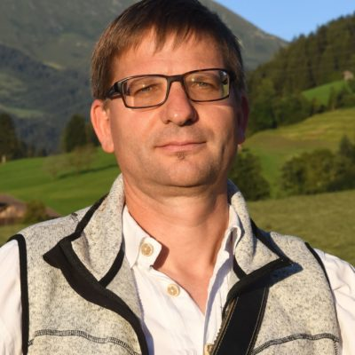 Josef Schweiger, Kolsassberg, Bankangestellter und Landwirt